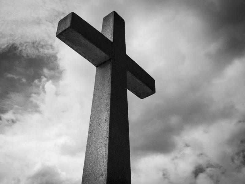 ¿Cuáles son los principales servicios funerarios?
